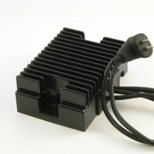 Spannings regelaar 2 pen / Voltage regulator 2 pin '81-'88