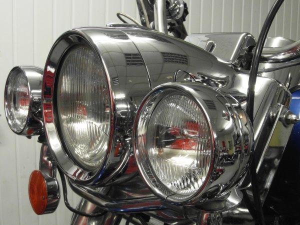 Overmaat koplamp rand / Recessed headlamp trim ring. FLSTC.